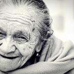 Ehpad: un petit air de mai 68 souffle sur les maisons de retraite