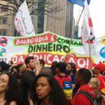 Bolsonaro: plus d'un million de Brésiliens manifestent contre la baisse de 30% du budget de l'éducation