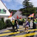 Victoire des femmes de chambre des hôtels Campanile et Première classe à Suresnes