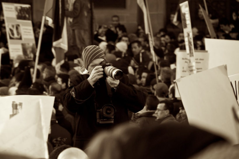 Droit d'informer : Nous ne devons pas nous habituer aux intimidations, aux gardes à vue et aux poursuites judiciaires
