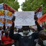 Exclusion des sans-papiers, violences policières: «c'est lié»