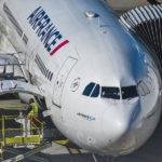 Air France: milliards de prêt, milliers de postes en moins, bonus époustouflant pour le PDG