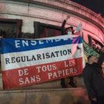 Place de la République: la face visible des violences policières contre les migrants